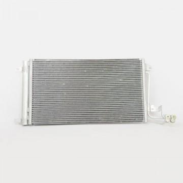 Конденсатор VW Polo 10->/Skoda Fabia 07-> LRAC1853