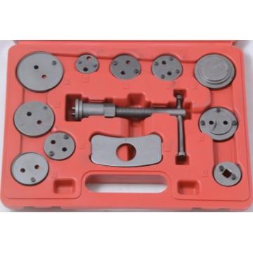 Набор инструментов для утапливания поршней тормозного цилиндра