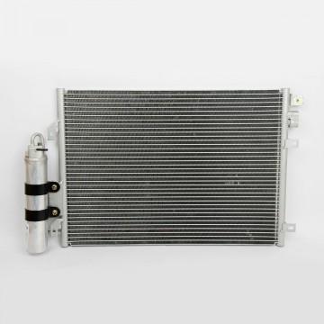 Конденсатор Renault Duster 1.4/1.6 МТ / Logan luzar LRAC RELO04360